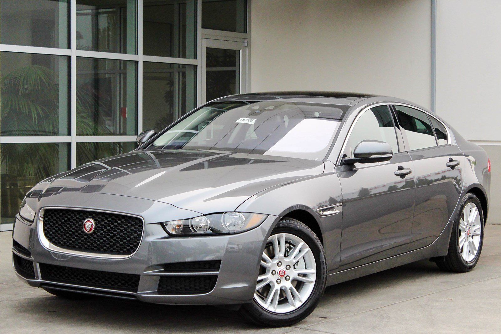 new 2018 jaguar xe 25t premium 4dr car in bellevue 90165 jaguar bellevue. Black Bedroom Furniture Sets. Home Design Ideas