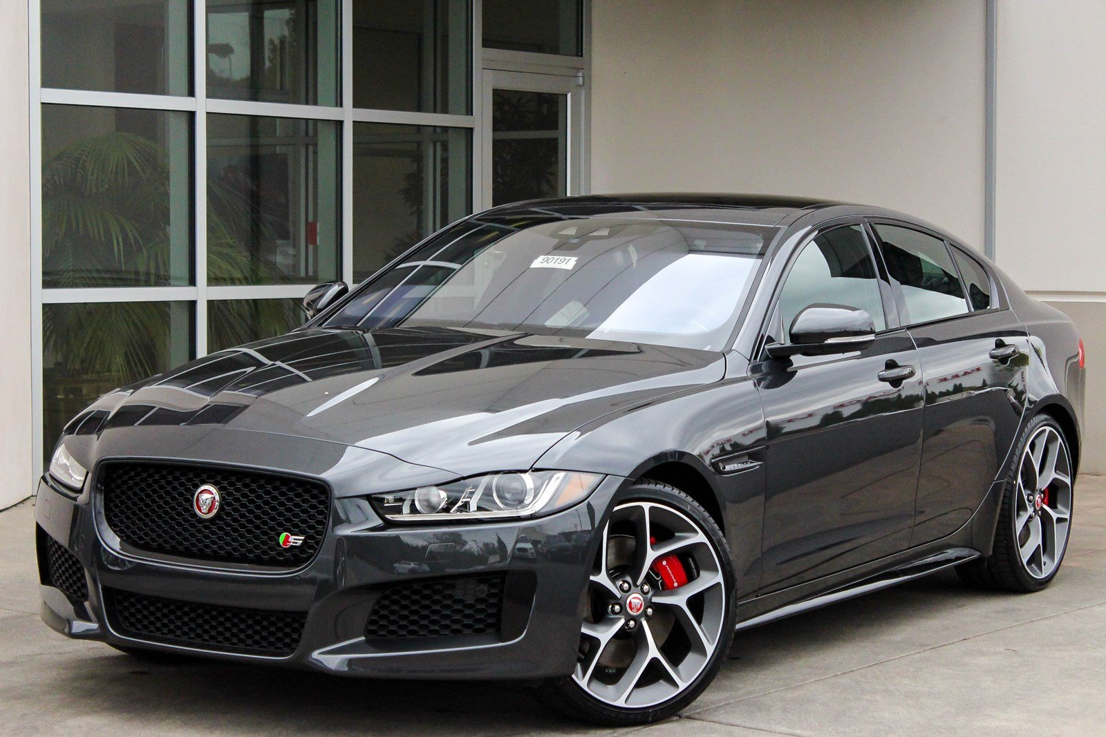 new 2018 jaguar xe s 4dr car in bellevue 90191 jaguar bellevue. Black Bedroom Furniture Sets. Home Design Ideas